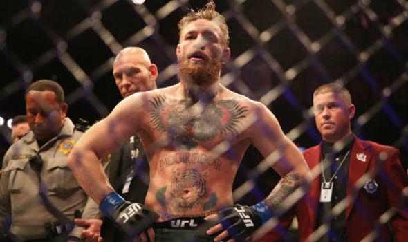 Kampf Des Jahres Conor Mcgregor Verliert Chaos Im Ring